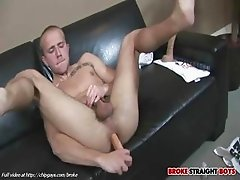 Rob Ryder masturbates hot ass