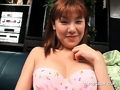 Teen japanese in lingerie rubbing her craving twat