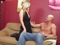 Daryn Darby oils up her sexy ass and takes a cunt cramming before a jizz facial