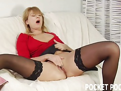 Lola cums hard in tight pantyhose stockings