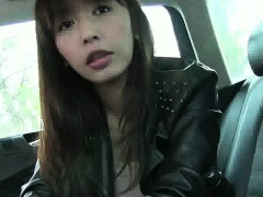 Asian babe sucks cock and gets fucked by her taxi driver
