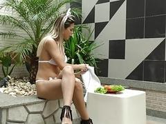 Tgirl Barbara Perez Fucks Her Ass with a Carrot and then a Fucking Machine