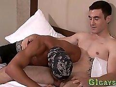Amateur rides dick bare