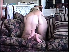 Heavy butt spouse gets creamed about the couch