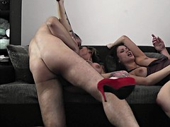 horny guys bang big ass sluts on sofa
