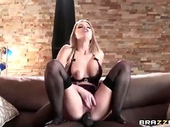 Milf is sucking a big cock and getting her pussy fucked