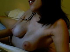 amateur sparkle tangerine fingering herself on live webcam