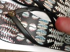 Summers Size 7 Flip Flops
