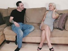 Ike sticks his cock inside of Cleo Vixen