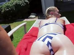 Pretty babe Roxy gets her ass smashed
