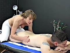 Gilf masseuse