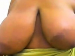 Thick Ebony Girl With Big Breasts